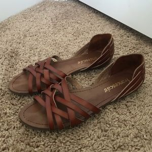 Only worn three times Francesca flats size 8
